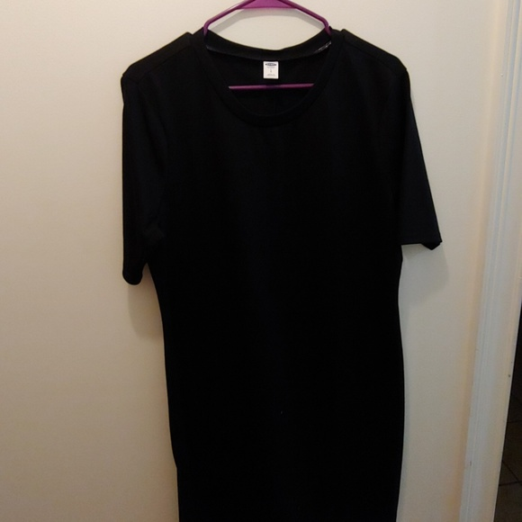 Old Navy Dresses & Skirts - Casual black dress